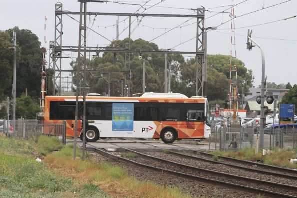 Ventura #11 crosses the railway at Bell Street, Coburg