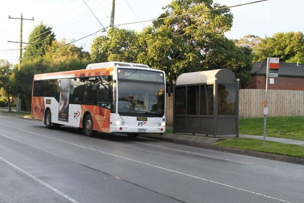 Ventura #894 5973AO on a route 753 service in Glen Waverley