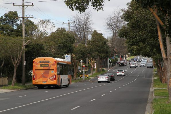 Ventura bus #1256 BS01XV heads south on Station Street, Box Hill