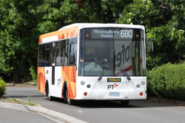 Ventura Dennis Dart SLF #719 2155AO on route 680 at Lilydale station