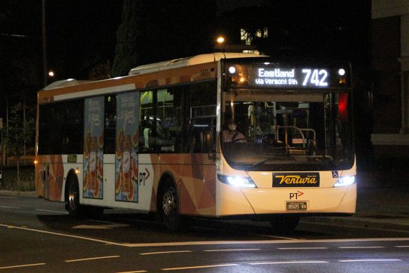 Ventura bus #1411 BS05KK on route 742 arrives at Oakleigh station