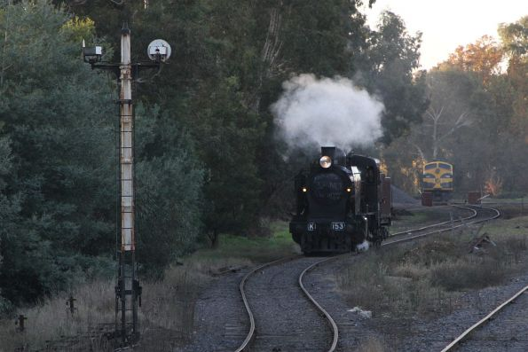 K153 goes for a spin on the turntable at Castlemaine