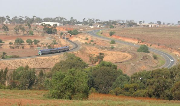 VLocity winds through the Parwan Curves descending into Bacchus Marsh
