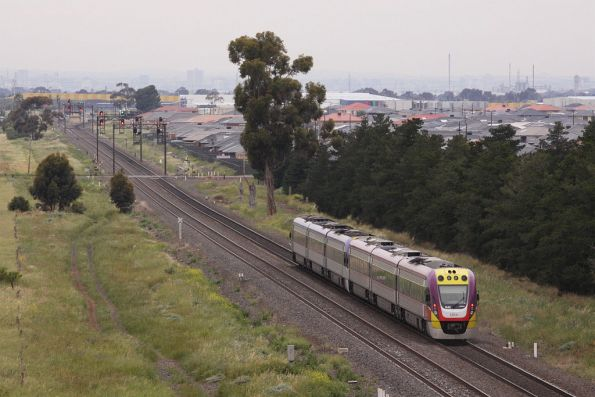 VLocity 3VL43 trails the Melbourne bound train, with cleared signals towards Deer Park