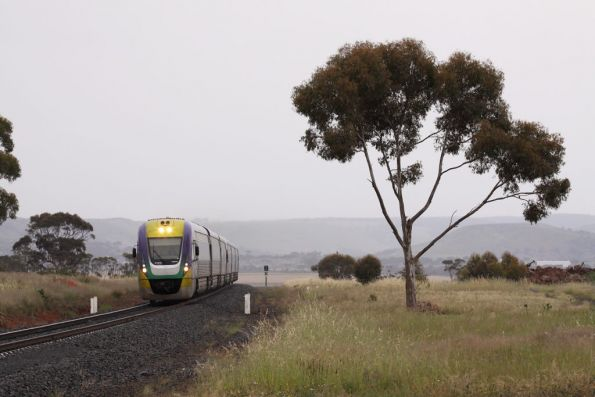 VL22 and classmate climb out of Bacchus Marsh, on the up at Parwan Loop