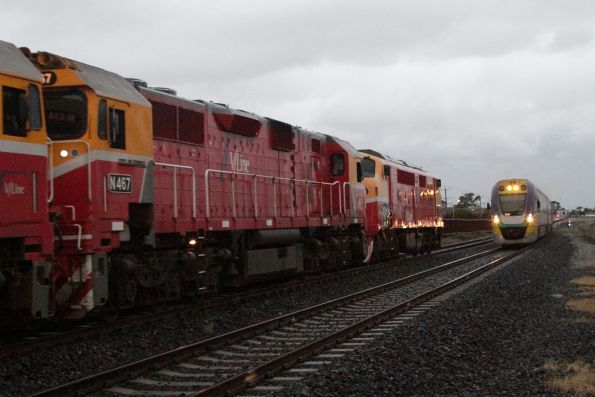 VLocity on a down Ballarat service departs Sunshine
