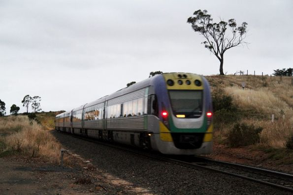 Tail end of an up Ballarat service departing Bacchus Marsh