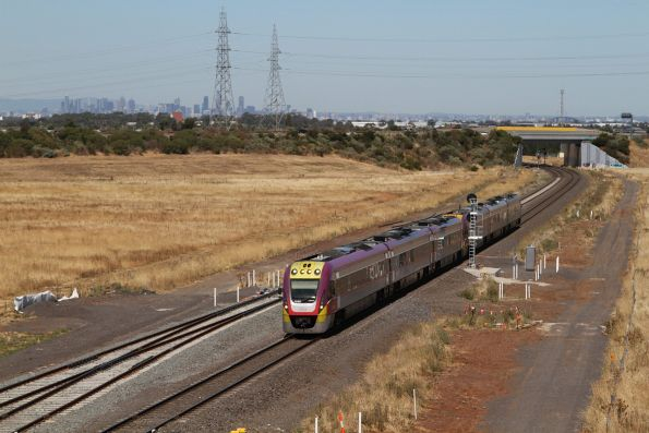 VLocity VL45 and VL09 approach the yet to be opened Caroline Springs station
