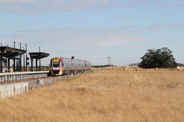 VLocity VL54 and classmate arrive into Caroline Springs station on the up