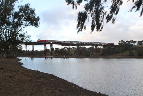 P17 leads an up push-pull over the Melton Weir viaduct