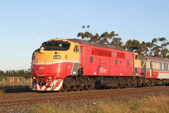 A66 departs Rockbank with an up Bacchus Marsh service
