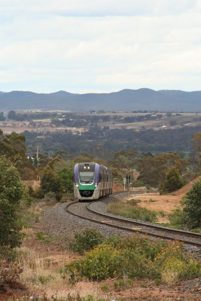 VLocity VL02 climbs out of Bacchus Marsh towards Rowsley
