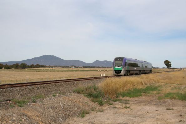 VLocity VL11 bound for Beaufort, Mount Langi Ghiran in the background