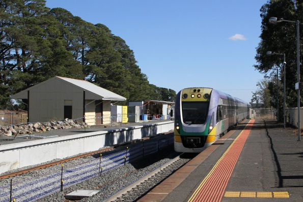 VLocity VL25 and classmate arrive into Ballan on the up