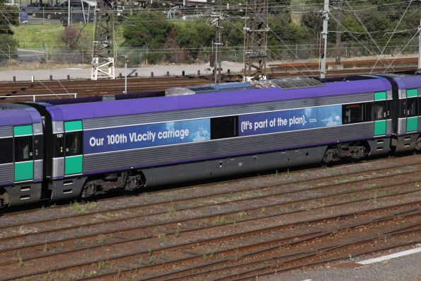 Decals on VLocity intermediate car 1321