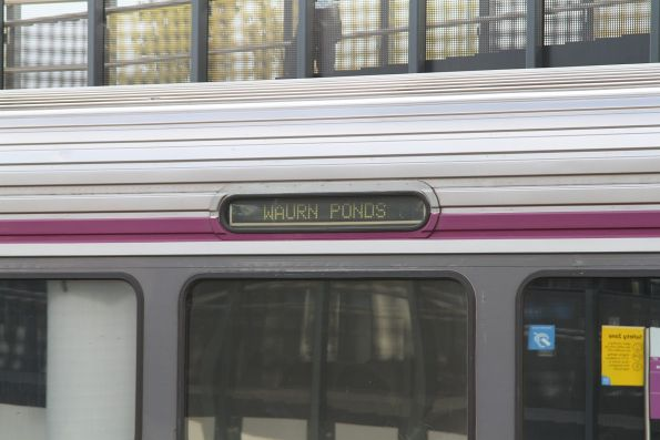 'Waurn Ponds' available as a Sprinter destination board item