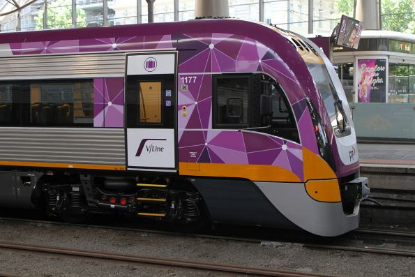 VLocity VL77 sitting at Southern Cross platform 2 for crew familiarisation