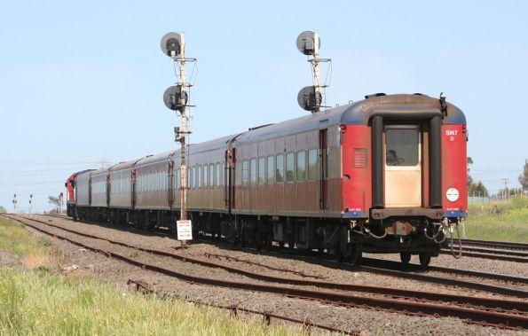 Rear carriage of carriage set SN7 on test at North Shore