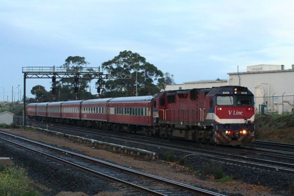 N458 with carriage set SZ7 heads for Melbourne at North Geelong Junction
