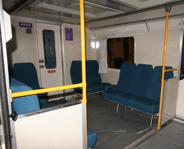Typical end saloon layout of a H set carriage