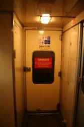 Manual doors on N set carriage: BN11
