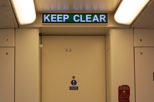 Illuminated 'keep clear' sign behind the cab of 3VL37
