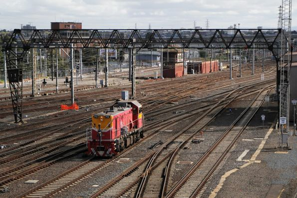 P12 arrives at Southern Cross from South Dynon, having travelled via South Kensington