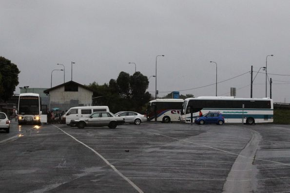 Replacement buses picking up the stranded passengers
