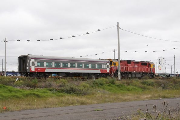 N470 and car E stabled in the short SG siding at Tottenham Loop