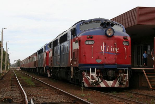 V/Line - double headed A classes, November 2008