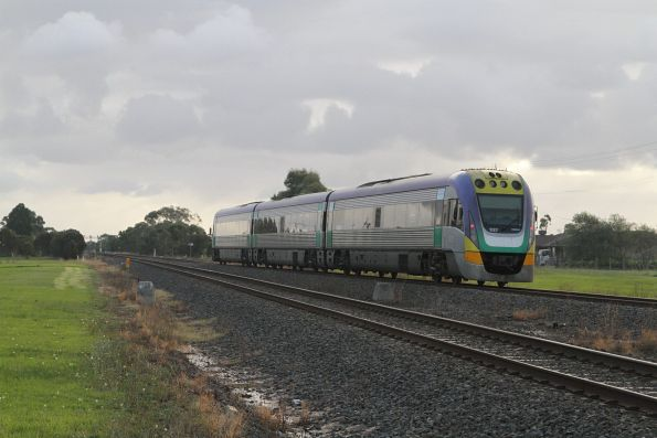 VLocity VL27 leads an up Traralgon service out of Nar Nar Goon station