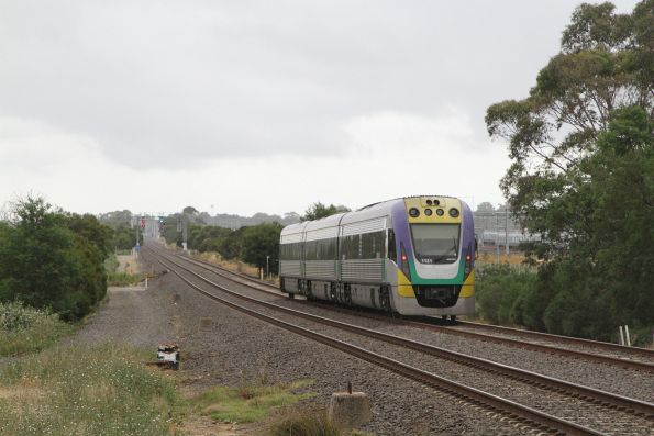 VLocity VL31 on an up Traralgon service at Pakenham East