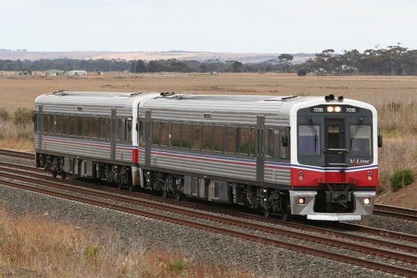 7016 and 70xx on an up Geelong service outside Little River