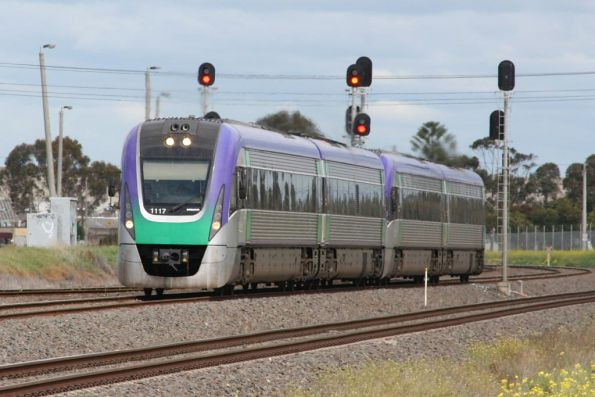 VL17 and co Melbourne bound at North Shore