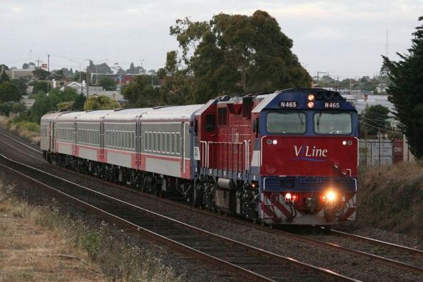 N465 with repainted set VN12 and PCJ491 near North Geelong