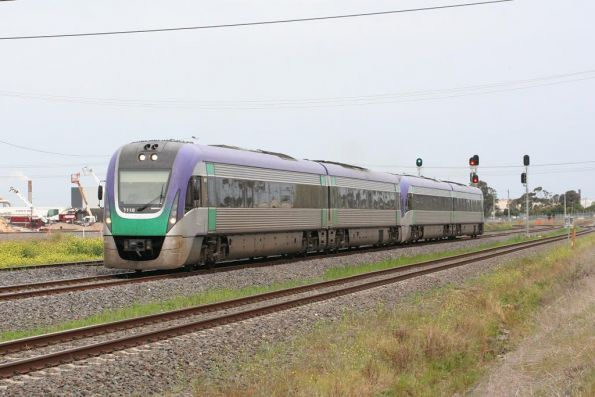 VL18 leads another Vlocity on an up Geelong service at North Shore