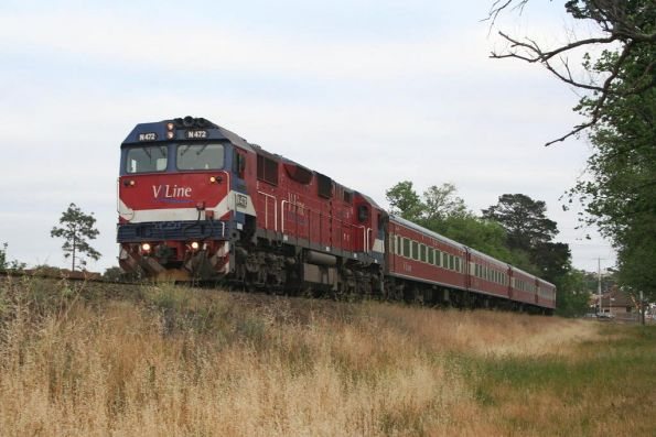 N472 takes empty cars to Marshall