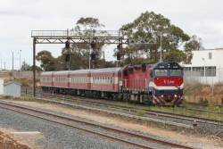 N472 on the up at North Geelong Junction