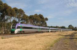 7 car VLocity consist heads back empty to Geelong from Marshall