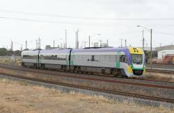 3VL36 runs solo towards Geelong, at North Shore