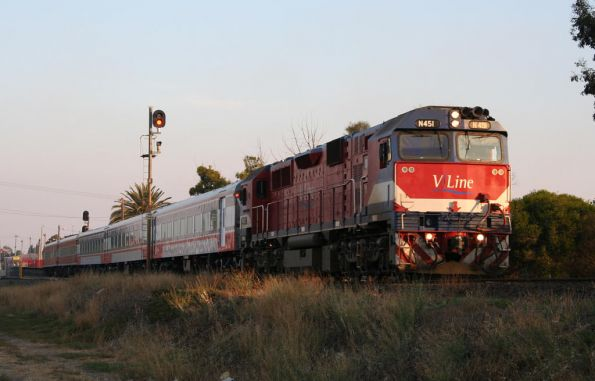 N451 departs South Geelong on the up