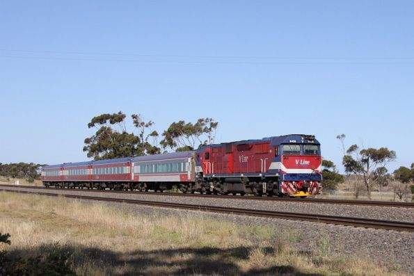 N456 with a 4 car N set bound for Geelong