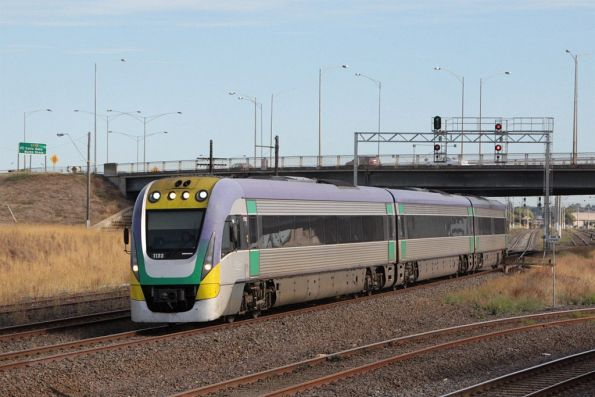 3VL33 passes North Geelong A with an up Geelong service