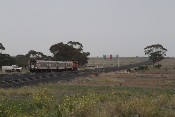 Down Warrnambool service rejoins the original line at Manor Junction