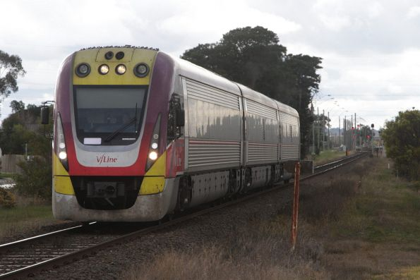 VLocity 3VL43 departs Marshall with a down Waurn Ponds service