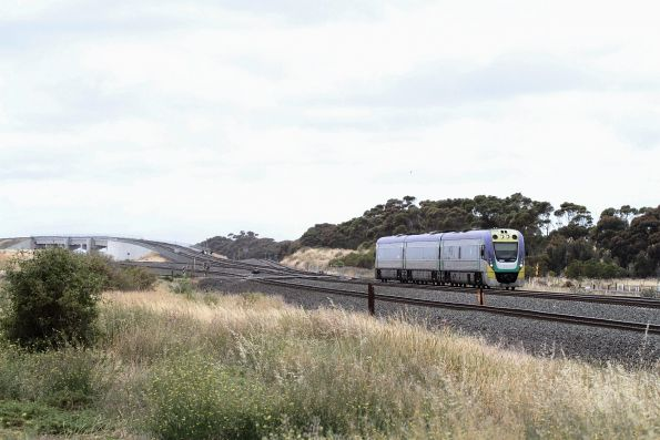 VLocity VL32 on a down Geelong service at Manor Junction