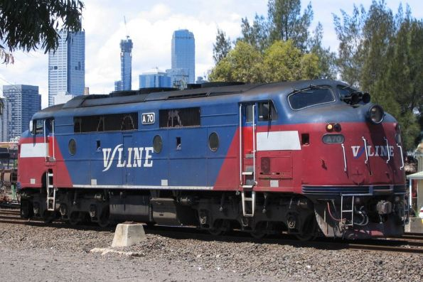A70 in V/Line Passenger Mk1 livery at South Dynon