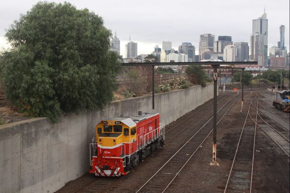 P11 heads light engine for South Dynon, after stabling a train in Melbourne Yard after morning peak