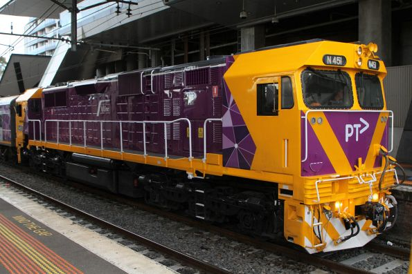 N451 on an up Shepparton service at North Melbourne
