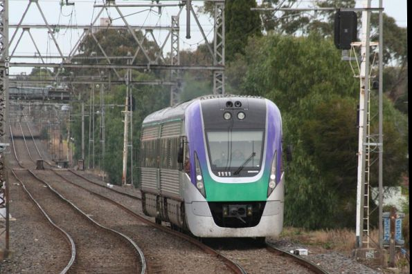 VLocity VL11 approaches Yarraville with an up Geelong service